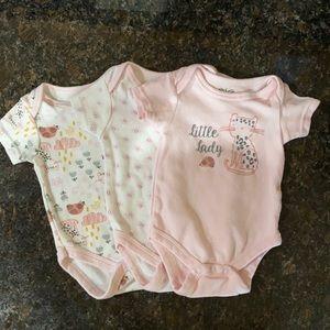 Baby 3 pack onesies 0-3